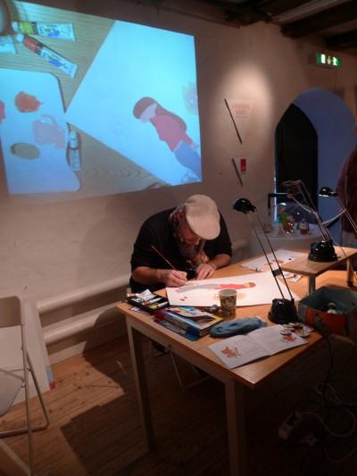 Julien Neel i full färd att måla Lou!