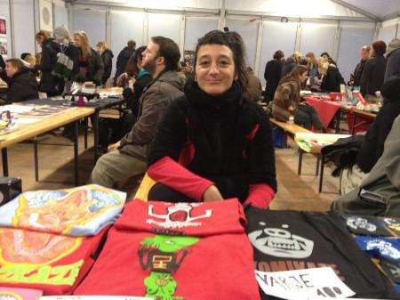 En av de utländska utställarna på AltCom 2012: Ivana Armanini, konstnärlig ledare för serieprojektet Komikaze i Kroatien. Foto: Marcus Linda Lindmark.