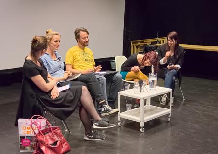 Mangapatriarkatets Lisa Medin och Stef Gaines ledde paneler om seriebranschens framtid
