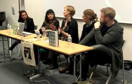 Paneldebatt om feminism och tecknade serier, med bland annat förläggaren Johannes Klenell (Galago) och serieskaparen Anneli Furmark.